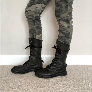 Dr. Martens triumph 1914 boot black/plaid (8)